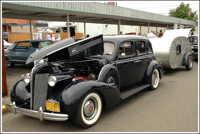 1937 buick century 4 door trailer a photo on flickriver for 1937 buick 4 door sedan