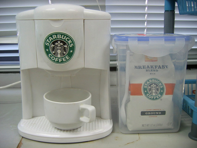 Coffee Maker Starbucks Uses : My coffee maker with starbucks Flickr - Photo Sharing!