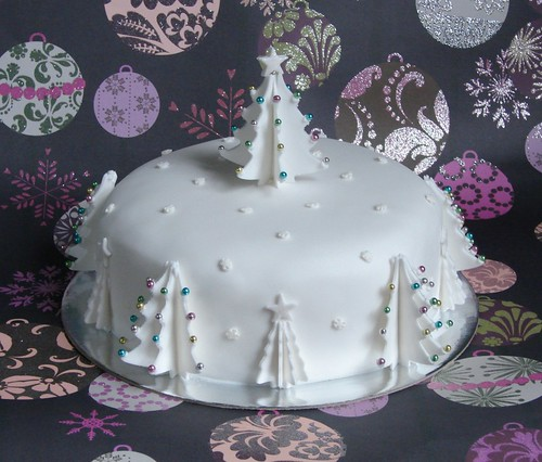 Christmas Cake Icing Decoration Ideas : CHRISTMAS CAKE DECORATING IDEAS
