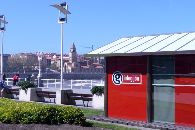 Oficina de turismo gij n infogijon flickr photo sharing for Alquiler de oficinas en gijon