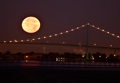 moon river michigan detroit moonset moonscape ambassadorbridge bobbyalcott bobbyalcottphotography storecity