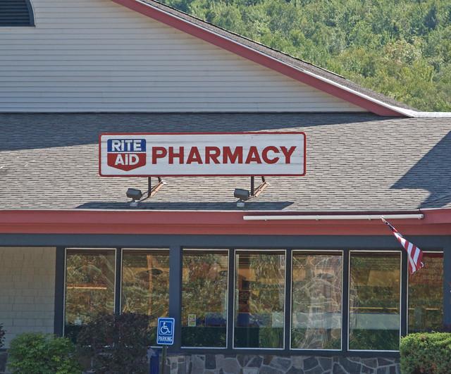 Rite Aid Pharmacy Sign Gorham Nh Flickr Photo Sharing