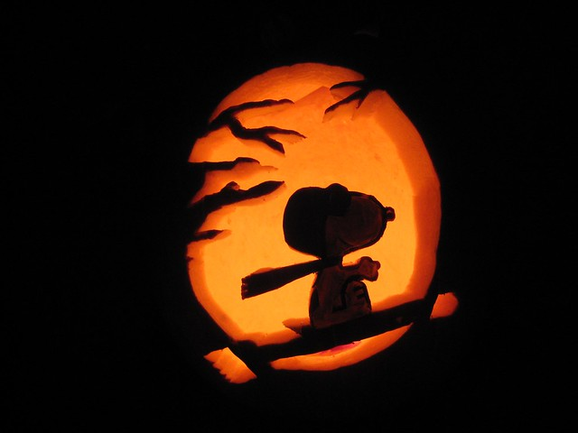 Snoopy_pumpkin_carving | Flickr - Photo Sharing!