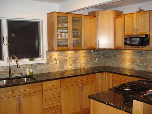 chosing a backsplash with black granite counters. Black Bedroom Furniture Sets. Home Design Ideas