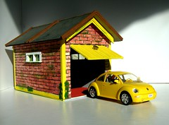 Scratch Built Model Garage With Model Of New Volkswagen Beetle By Revell - 6 of 6