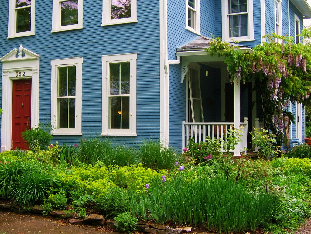 Blue House And Springtime Garden In Yellow Springs Ohio Flickr