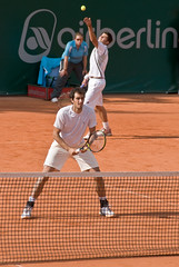 individual sports(0.0), soft tennis(1.0), tennis(1.0), sports(1.0), competition event(1.0), tennis player(1.0), ball game(1.0), racquet sport(1.0), athlete(1.0), tournament(1.0),