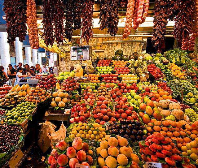 An essay on the markets of las ramblas and la boqueria