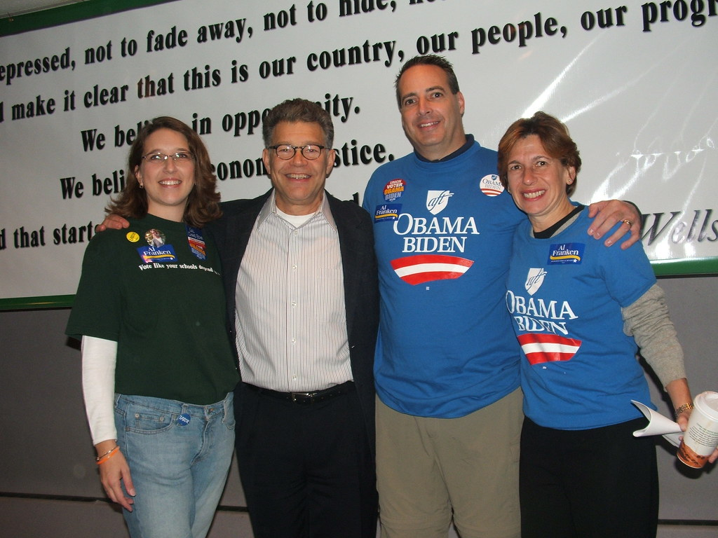 MN: Education Minnesota poses with Al Franken at pancake breakfast, pre-labor walk. Mary Catherine Ricker, Tom Dooher MN Education Minnesota President, AFT President Randi Weingarten