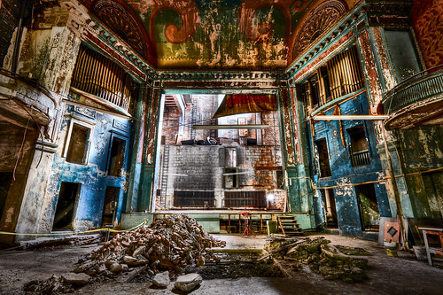 old urban broken facade theater theatre decay stage queen organ delaware wilmington hdr highdynamicrange featured delawareonline briantruono