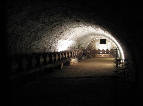 Vaux le Vicomte / The wine cave @ the chateau. (visite des caves)