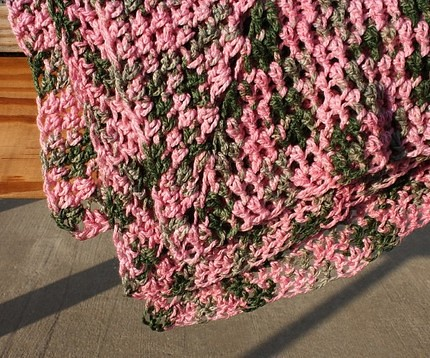 neopolitan ripple - crocheted baby blanket pattern