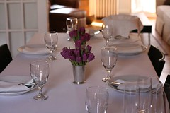 meal(0.0), dinner(0.0), wine glass(0.0), wedding reception(0.0), function hall(0.0), wedding(0.0), ceremony(0.0), restaurant(1.0), table(1.0), centrepiece(1.0), banquet(1.0), rehearsal dinner(1.0),
