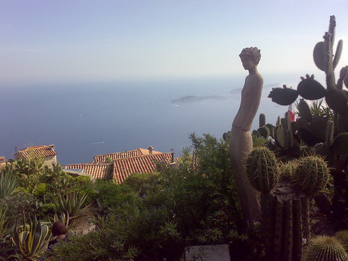 Discover eze france free trip planning tool by routeperfect for Eze jardin exotique statues