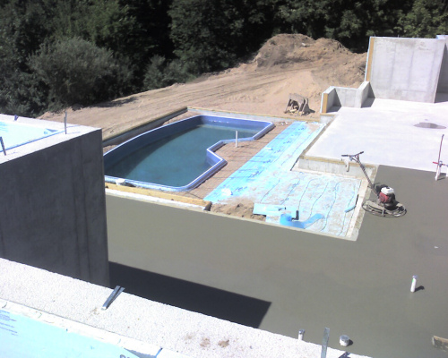 Building on dog hill more pool and basement pictures for Basement swimming pool construction