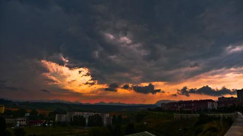 sunset red sky orange storm nature night clouds landscape atardecer noche cielo nubes tormenta pamplona navarra searchthebes abigfave jaliker