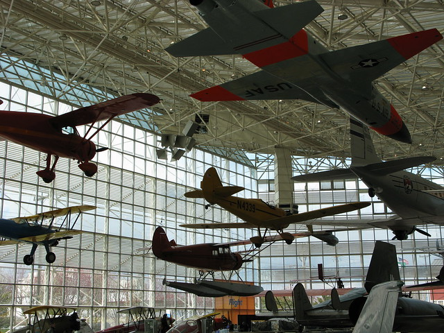 Flight Museum - Seattle by CC user ravedelay on Flickr