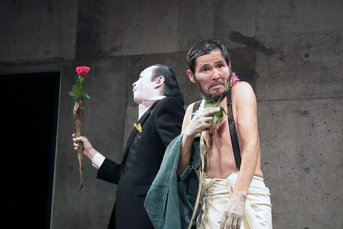 石井満隆 Mitsutaka Ishii and 大森政秀 Masahide Ohmori Butoh Dance Performance at Terpsichore (Tokyo, 2011)