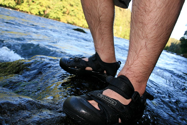 Simms keen wading sandal flickr photo sharing for Fly fishing wading boots