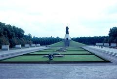 East Berlin - Treptower Park