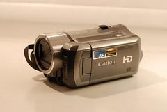digital camera(0.0), single lens reflex camera(0.0), reflex camera(0.0), cameras & optics(1.0), camera(1.0), video camera(1.0), camera lens(1.0),