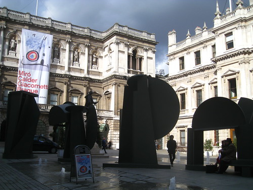 'Promenade', Anthony Caro, Royal Academy courtyard
