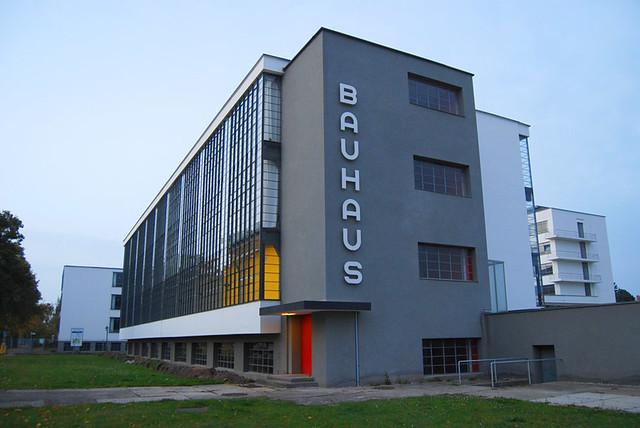 Bauhaus flickr photo sharing for Bauhaus berlin edificio