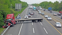 Accident on NJ Turnpike 5/06/2008 | An accident involving a