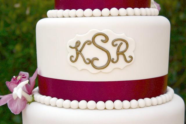kim and rodney 39 s wedding cake monogram flickr photo sharing. Black Bedroom Furniture Sets. Home Design Ideas
