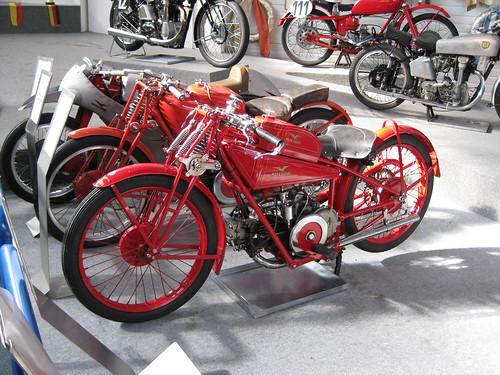 Moto Guzzi C4V
