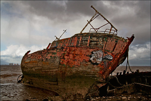 Fishin Boat Wreck - Close Up