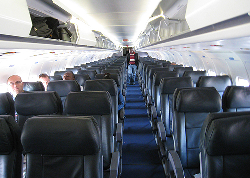 A l 39 int rieur d 39 un avion de la compagnie caa flickr for Photo d interieur
