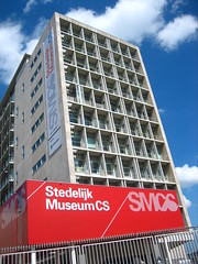 The building where the Stedelijk Museum of Modern Art is