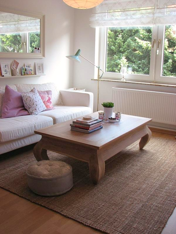 Small living room decorating questions yahoo answers for Room design questions