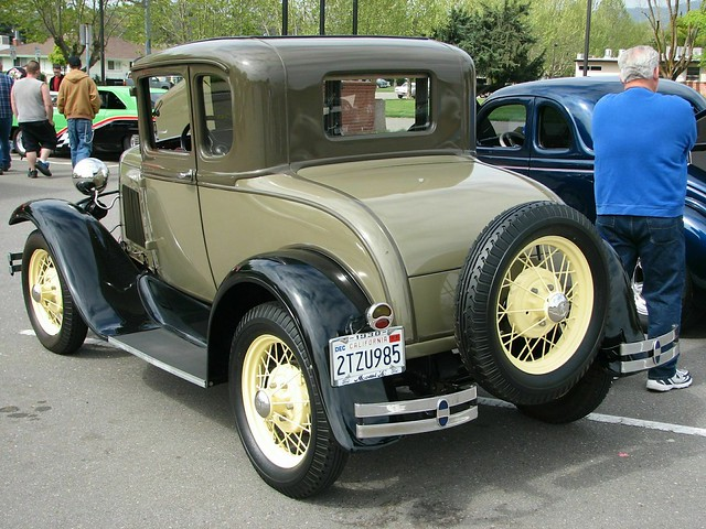 1931 ford model a 5 window coupe 39 2tzu985 39 4 flickr for 1931 ford model a 5 window coupe