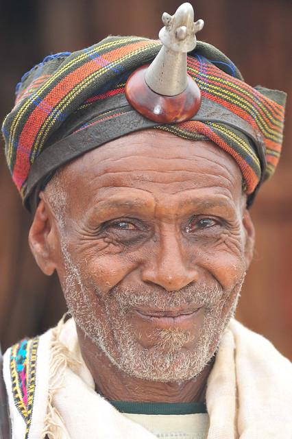 Ororo & Siiqqee: cremonial sticks & symbol of marital status
