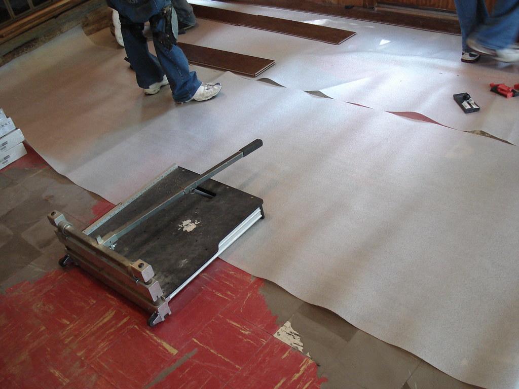Installing tile floor underlayment floor underlayment for Floor underlayment