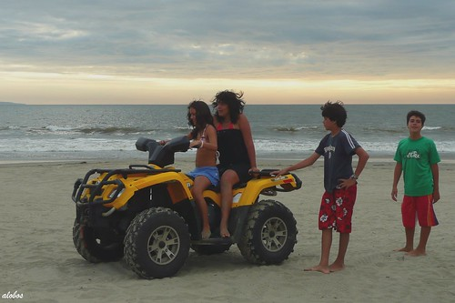 girls sunset beach peru boys fun outdoors sand playa panasonic arena colan tz2