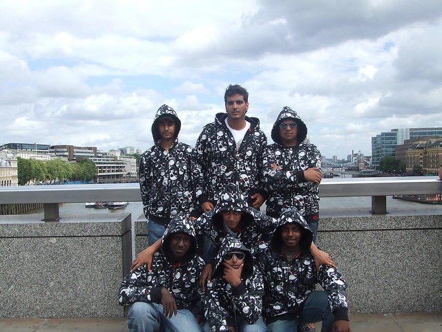mafia group in london, Fujifilm FinePix Z2