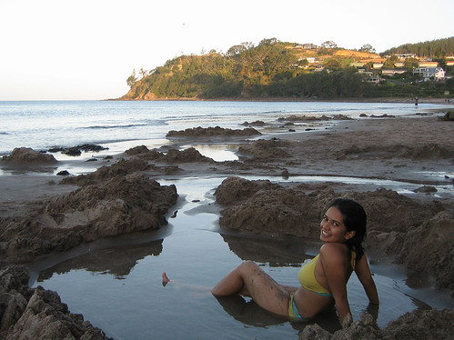 Dig your Own Hot Tub at Hot Water Beach