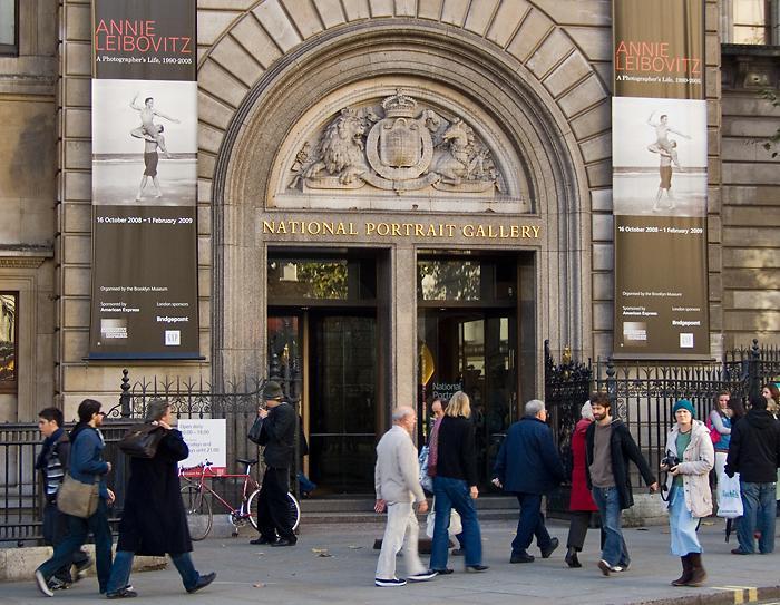Annie Leibovitz at the National Portrait Gallery, London by chrisjohnbeckett