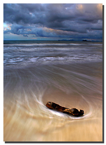 beach waves sony kotakinabalu a200 sabah malaysianphotographer noracarol sabahanphotographer landscapephotographerfromsabah womanlandscapephotographer womaninphotography