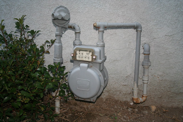 how to turn on a residential gas meter