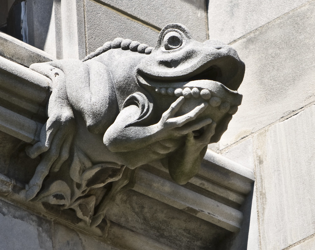 40 gargoyles and grotesques around the world twistedsifter gargoyle frog biocorpaavc Images