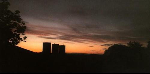 silhouette glasgow drumchapel glasgowscotland linkwoodcrescent drumchapelglasgow halgreenavenue linkwoodflats drumchapelflats drumchapellifesofar drumchapelsunrise michelleoconnellphotography