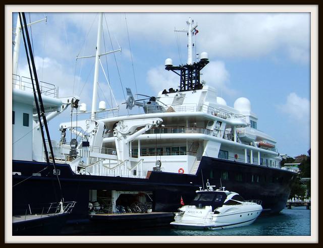 Le Grand Bleu Yacht Image7 A Photo On Flickriver