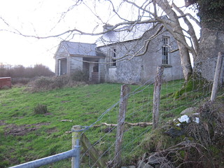 Old schoolhouse at Corr na Móna