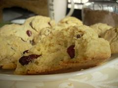 meal, breakfast, berry, baking, baked goods, cookies and crackers, fruit, food, dish, dessert, cookie, scone,