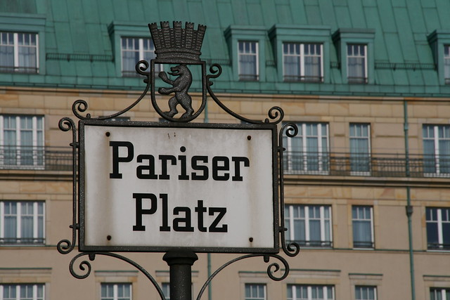 berlin pariser platz flickr photo sharing. Black Bedroom Furniture Sets. Home Design Ideas