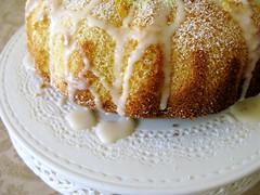 breakfast, cake, baking, buttercream, babka, baked goods, food, dish, dessert, cuisine, mascarpone, sour cream,
